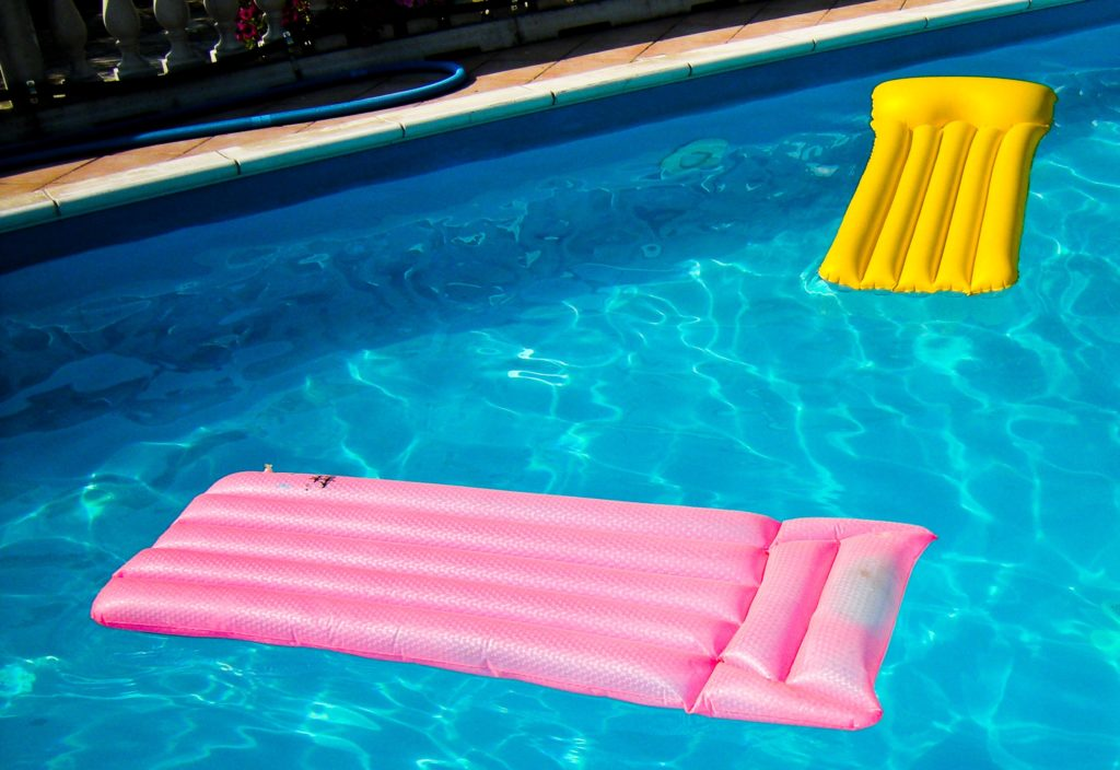 Pool Cleaning Tips Keeping Pool Water Clean In The Summer Heat